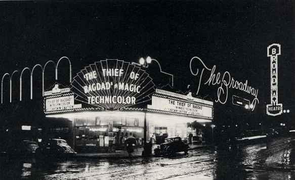 Бродвей Broadway_exterior-night-1940-l