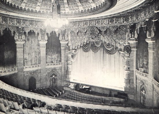 Click For A Larger Version Of This Image (77K) Oriental Theatre Interior.