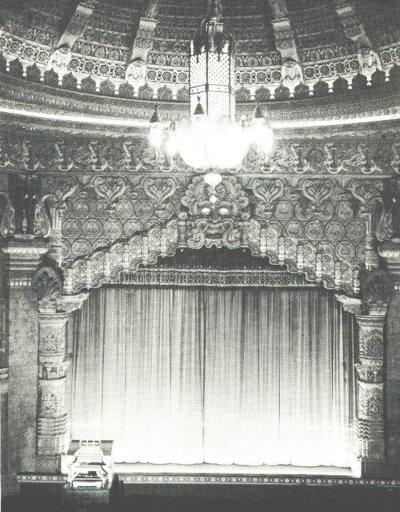 Portland Oregon Theatres on Pstos   Oriental Theatre  Portland Oregon